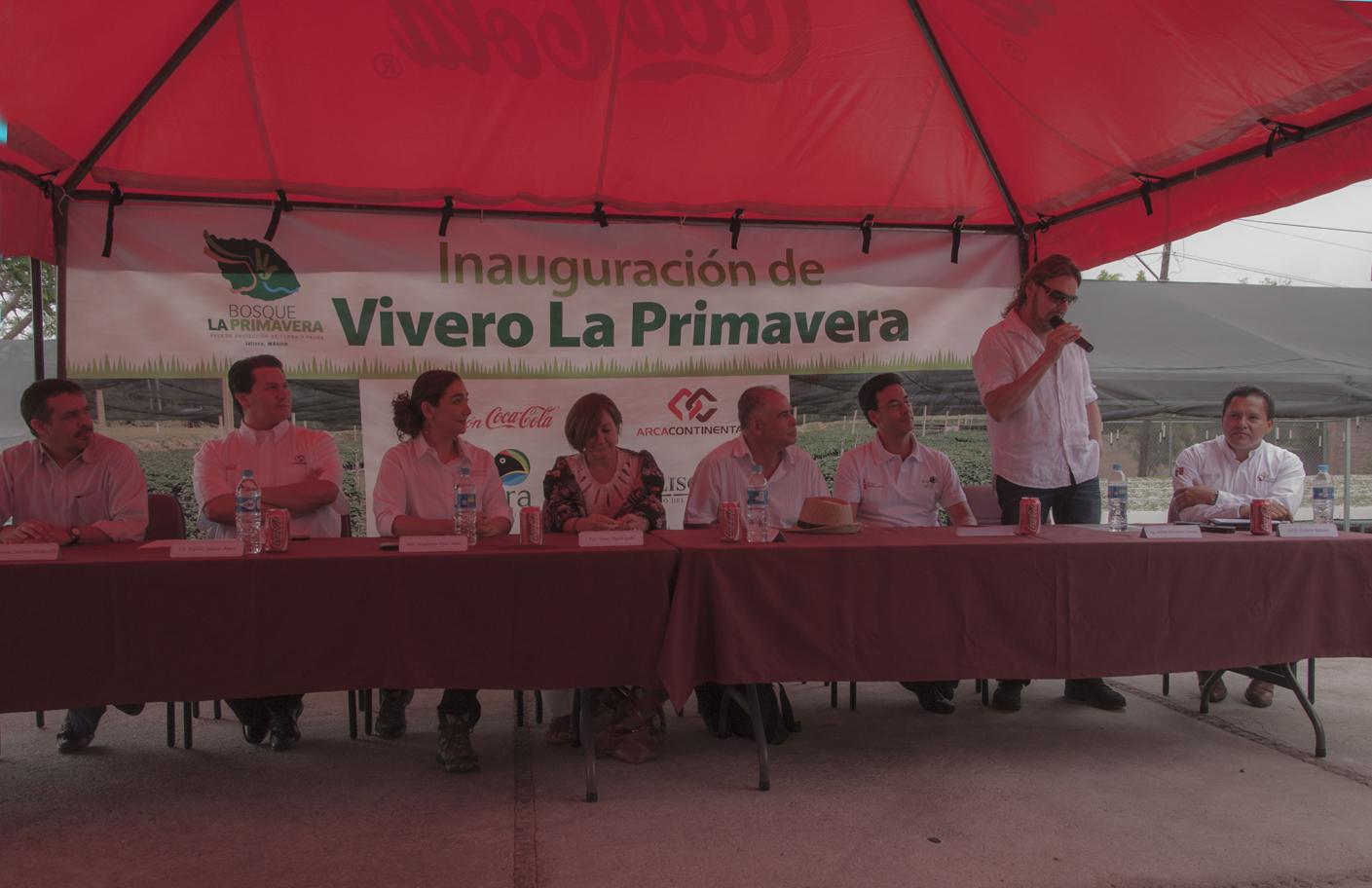 Inauguran vivero que ayudar a reforestar bosque de la for Viveros en jalisco
